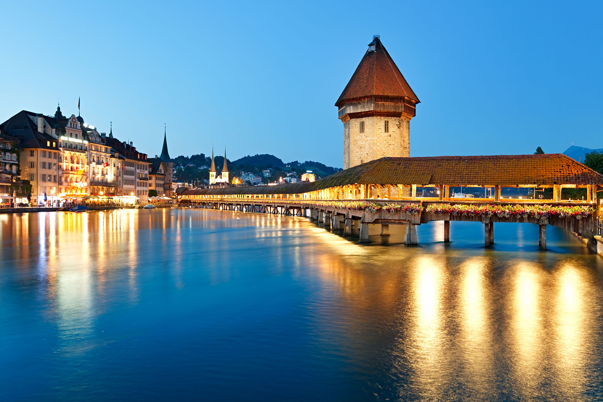 Ausflüge, Sightseeing Tours in der Schweiz mit Al Car Limousine • Bus Service