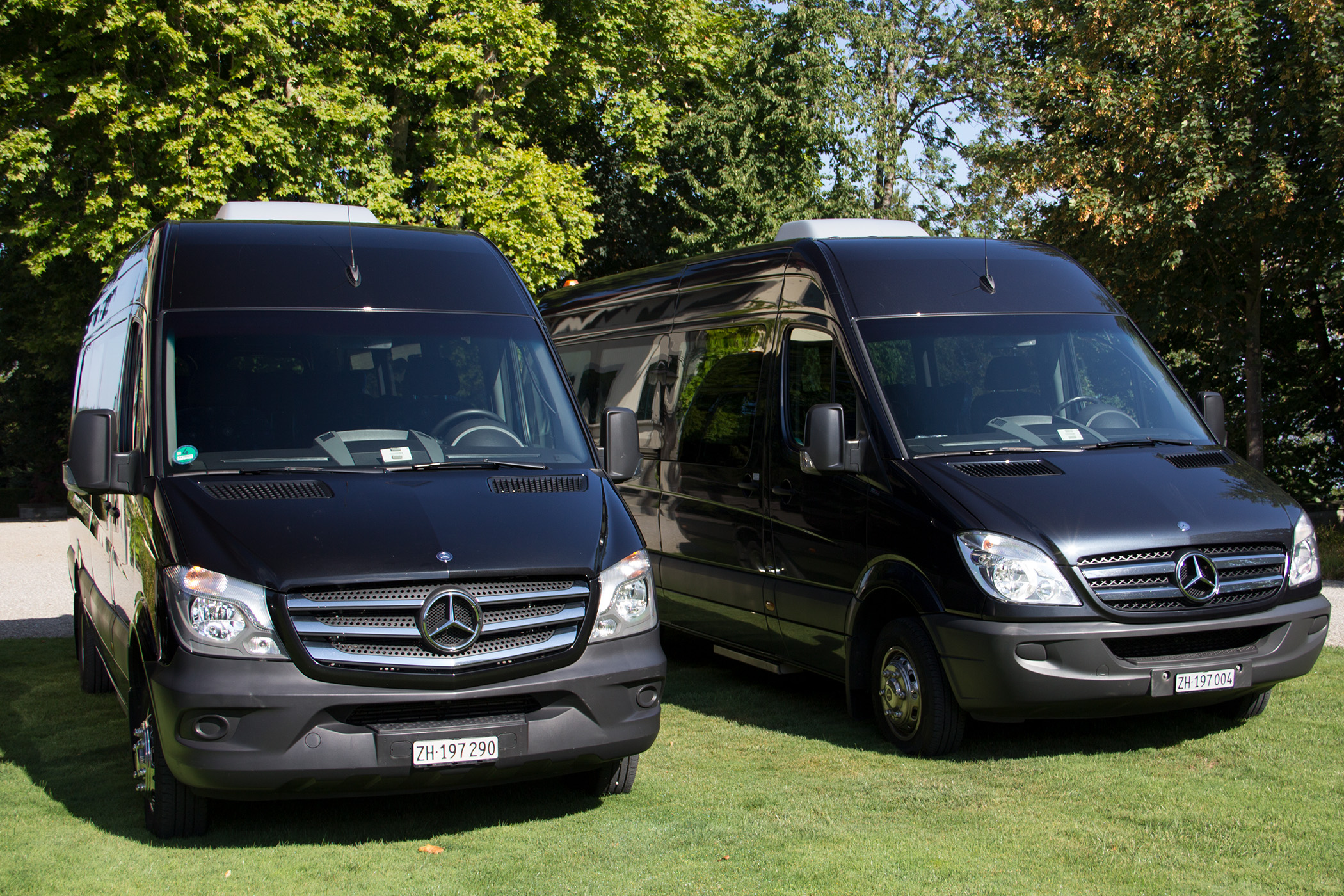 img_fleet_mercedes_sprinter_vip